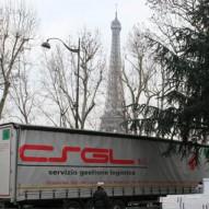 Trasporto internazionale (Parigi) di pellicole speciali specchianti per allestimento sfilata Armani Privè