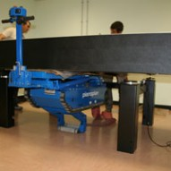 Movimentazione di tavoli ottici presso l'Istituto Nazionale di Fisica Nucleare di Tor Vergata Roma