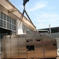 Imballo di macchinario per la produzioni di coni gelato, con casse pannellate ISPM15 e sacco in accoppiato barriera.
